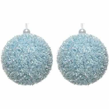 2x kerstballen ijsblauwe sneeuwbal 8 cm met glitterskunststof kerstboom versiering/decoratie