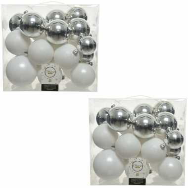 52x kunststof kerstballen mix wit-zilver 6, 8, 10 cm