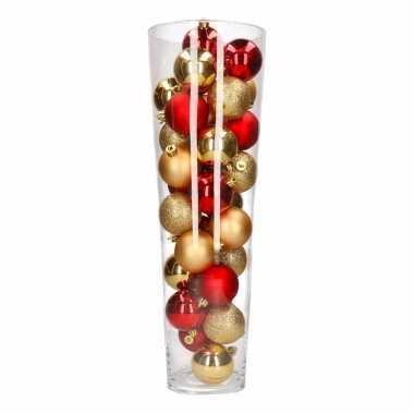 Vensterbank decoratie vaas met kerstballen uit thema ambiance christm