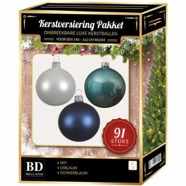 Witte/ijsblauwe/donkerblauwe kerstballen pakket 91-delig voor 150 cm boom