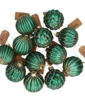 12x emerald groene glazen kerstballen met gouden design 6 cm