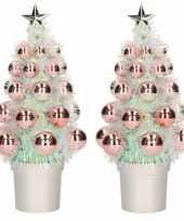 2x stuks kunstkerstboompjes compleet met kerstballen zalmroze 20 cm