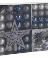 45x kunststof kerstballen mat glans glitter blauw grijs 4 5 8 cm en piek kerstboom versiering decoratie