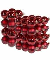 52x stuks glazen kerstballen rood 6 en 8 cm mat glans