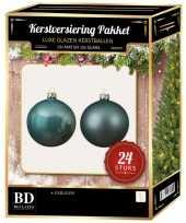Ijsblauwe kerstversiering kerstballen 24 delig 6 cm