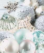 Kerst tafel servetten 33 x 33 cm kerstballen mint zilver