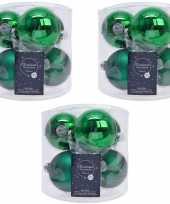 Kerstboomversiering kerst groene kerstballen van glas 8 cm 18x stuks