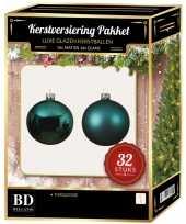 Turquoise blauwe kerstversiering kerstballen 32 delig 6 cm 8 cm 10 cm