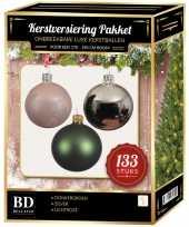 Zilveren donkergroene lichtroze kerstballen pakket 133 delig voor 180 cm boom