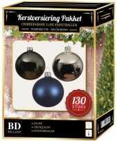 Zilveren grijsblauwe donkerblauwe kerstballen pakket 130 delig voor 180 cm boom