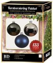 Zilveren grijsblauwe donkerblauwe kerstballen pakket 133 delig voor 180 cm boom